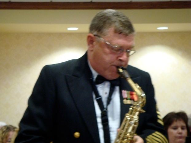 Dale Underwood, soloist